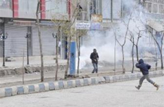 Hizbulllahçılar ile PKK yanlıları çatıştı