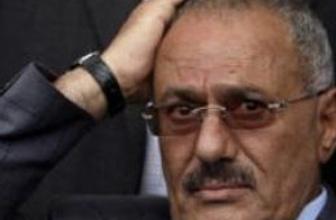 Yemenli yetkililer: Salih ülkeyi terk etmedi