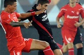 Galatasaray Yunanistan'da üzüldü