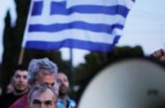 Yunan yoksullarından 5 milyar avro çıktı