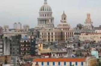 Küba özel mülk alım satımına izin veriyor