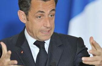 Sarkozy telefona çıkmadı ama