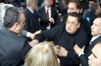 CHP ilçe kongresinde ortalık karıştı