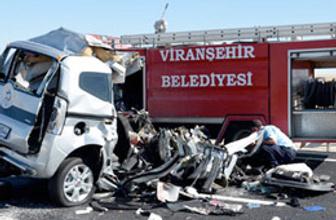 Tırın biçtiği araçta 5 kişi öldü