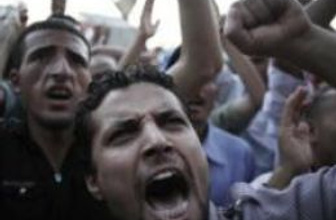 Mısır'da olan gazetecilere oldu