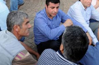BDP oturma eylemine başladı