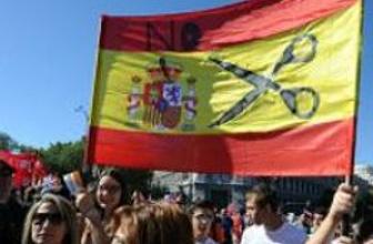 İspanya'da para isteyen isteyene