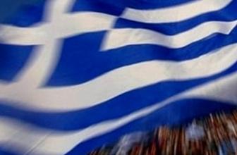 Yunanistan'da aileler parçalanıyor...