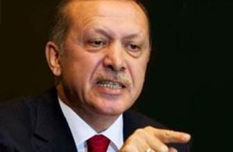 Diktatör demeyin, çarpılırsınız!
