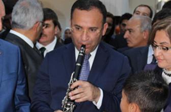 Bekir Bozdağ'ın klarnetle imtihanı!