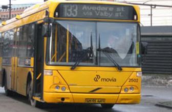 Belediye otobüsünde doğum yaptı