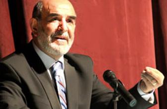 Ahmet Taşgetiren'den cemaate eleştiri