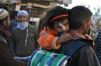 Humus'un içine yiyecek sevkiyatı sürüyor