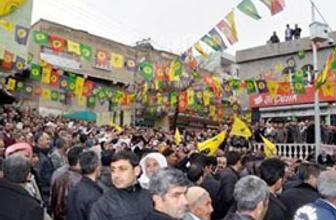 PKK'yla çatışan o aşiret BDP'li oldu