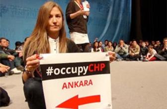 Gezici gençler CHP'yi işgal etti