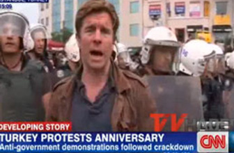 CNN muhabirinin kıçına tekme! Turgay Güler yazdı
