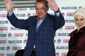 Erdoğan balkona neden o ceketle çıktı?