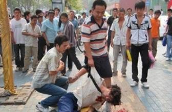 Uygur Türkleri Çin'e dönerse kurşuna dizilecek!