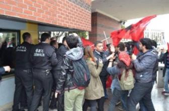 Anadolu Üniversitesi'nde Kızıldere gerilimi!