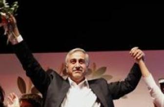 Kuzey Kıbrıs'ta yeni cumhurbaşkanı Akıncı