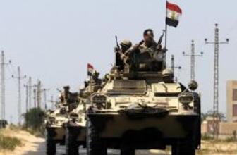 Mısır ordusuna eş zamanlı saldırılar