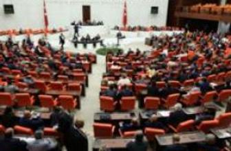 Davutoğlu'ndan 11 vekile bakanlık teklifi