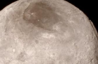Plüton'un uydusunda sır görüntü