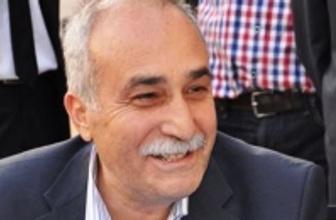 Eşref Fakıbaba trafik kazası geçirdi