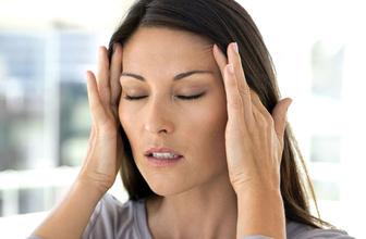 Migreni tetikleyen bu faktörlere dikkat edin!