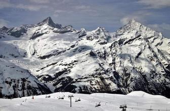 İsviçre'de çığ faciası! Çok sayıda kişi...
