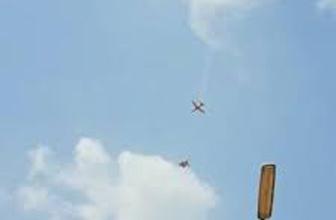 İki savaş uçağı havada çarpıştı! O anlar saniye saniye kaydedildi