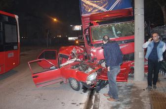 İzmir Bornova'da feci kaza! Yaralılar var