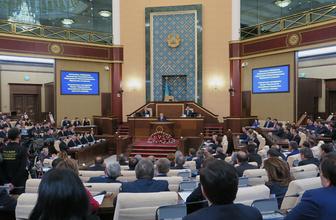 Kazakistan siyasetinde deprem: Nazarbayev açıkladı!
