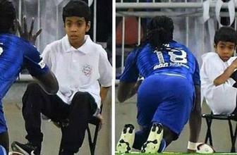 Bafetimbi Gomis'in gol sevinci top toplayıcı çocuğu kaçırttı!