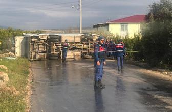 Mersin'de tarım işçilerini taşıyan midibüs devrildi: 1 ölü, 16 yaralı