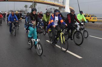 Tunç Soyer ilk projesini bisiklet turundan sonra açıkladı