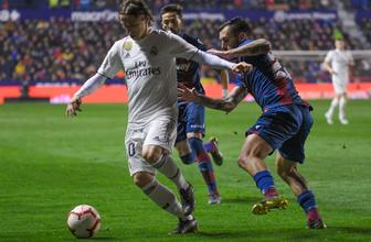 Real Madrid penaltılarla kazandı