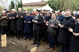 Abdullah Gül ve Ahmet Davutoğlu Kemal Karpat'ın cenazesinde ortaya çıktı