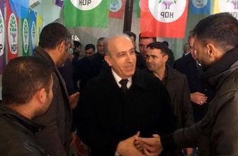 Ağrı'da AK Parti'nin adayı Ertuğrul Eryılmaz HDP'yi ziyaret etti