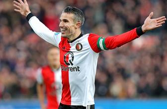 Feyenoord fark attı Robin van Persie, şov yaptı