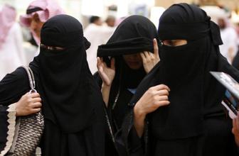 Google Arabistan'da kadınları izleyen uygulama için kararını verdi