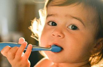 Çocuklarda diş kararmasını önlemenin yolları