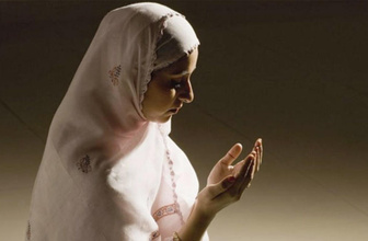 Cuma günü adetli kadınlar hangi duaları okuyabilir?