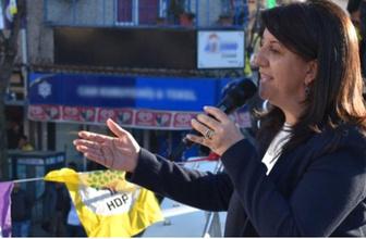 HDP'li Pervin Buldan Ezan okununca konuşmasına ara verdi