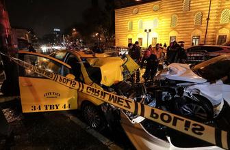 Beşiktaş'ta iki otomobil çarpıştı: 1 ölü 2 yaralı