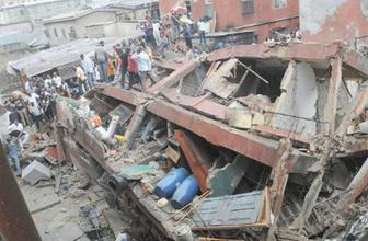 Nijerya'da okul çöktü 100'lerce insan göçük altında
