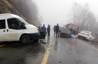 Ordu'da öğrenci servisi otomobille çarpıştı: 2 ölü, 4 yaralı