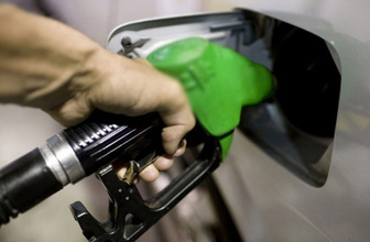 Benzine 13 kuruşluk zam geldi benzin 2 haftada 23 kuruş arttı