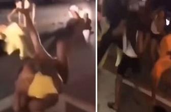 Mayolu ve bikinili kadınların sokak kavgası kamerada