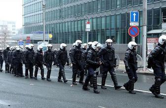 Brüksel'de bomba alarmı!